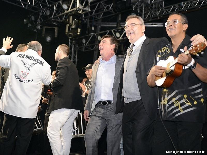 Ex-presidente do Corinthians, Andrés Sanchez celebra aniversário do clube com Mario Gobbi, presidente do clube, na arena alvinegra