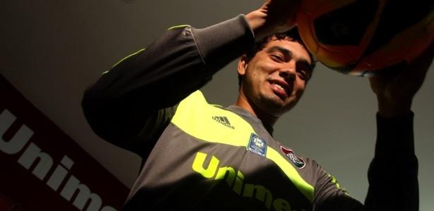 Flu confirma contratação do goleiro Felipe em definitivo até 2015 ... fe894603fea90