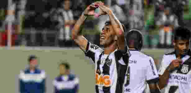 Lateral do Atlético foi convocado para a seleção em 2013, ainda com Mano Menezes - DUDU MACEDO/ESTADÃO CONTEÚDO