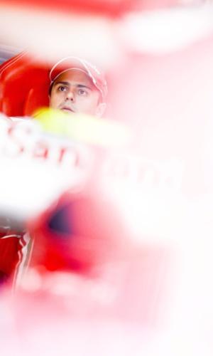 05.out.2013 - Felipe Massa antes de treinar para o GP da Coreia do Sul