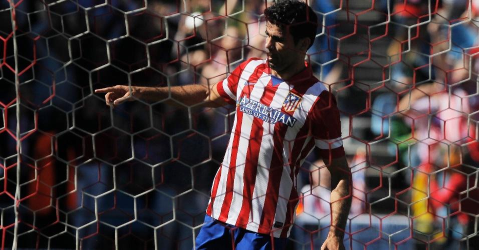 06.10.2013 - Atacante brasileiro Diego Costa comemora após marcar seu nono gol no Campeonato Espanhol
