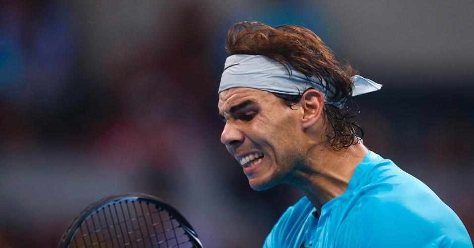 06.10.2013 - Nadal se desaponta com seu desempenho na final do ATP 500 de Pequim