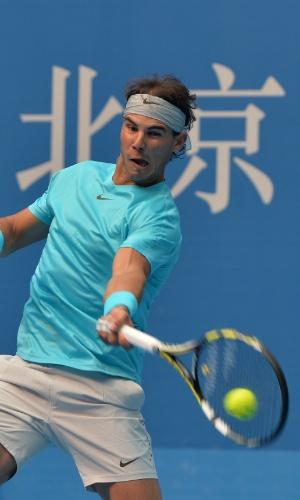 06.10.2013 - Nadal faz careta na final do ATP 500 de Pequim, onde perdeu para Djokovic na final