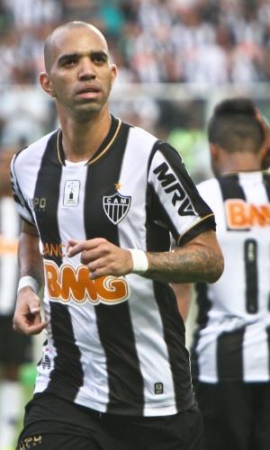 6 outubro 2013 - Diego Tardelli desperdiçou oportunidade de fazer o gol da vitória e admite displicência
