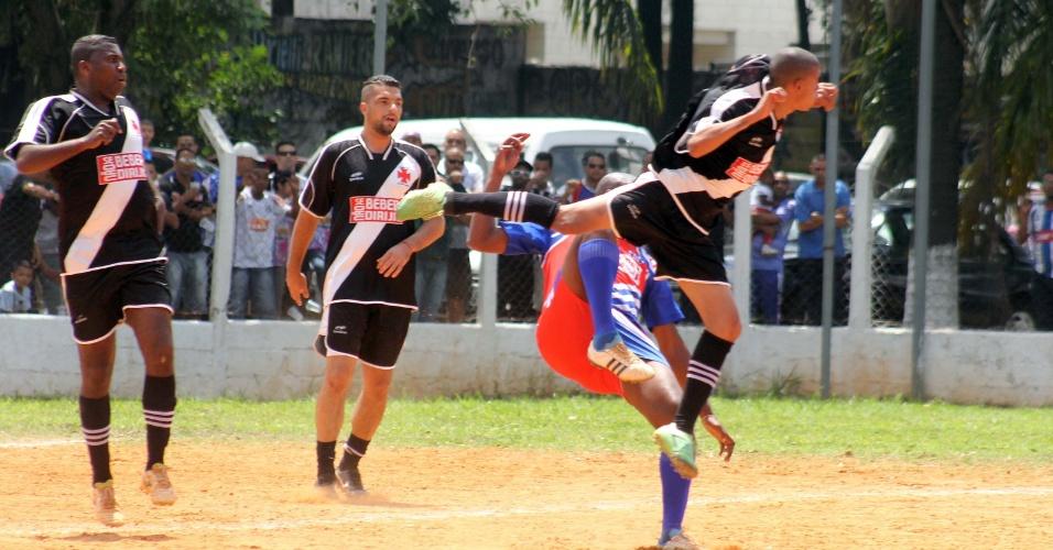 6.out.2013 - Primos, do Jardim Princesa, venceu o Vasco, do Jardim Vista Alegre nos pênaltis por 4 a 2