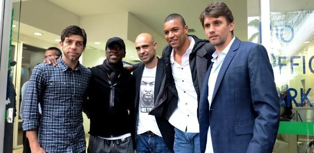 Juninho Pernambucano, Seedorf, Cris, Dida e Paulo André representaram o Bom Senso F.C. em reunião com a CBF