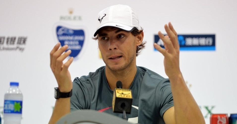 08.out.2013 - Rafael Nadal concede entrevista coletiva um dia antes de sua estreia no Masters 1000 de Xangai