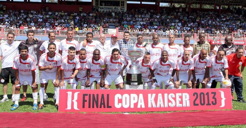 20.out.2013 - O time Classe A chegou à final da Série B da Copa Kaiser 2013