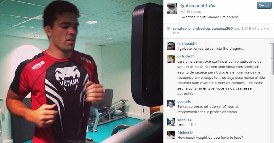 Lyoto Machida posta foto de uma corrida na esteira, na fase final de seus treinos para encarar Mark Muñoz. O detalhe é que pela primeira vez no UFC ele baixa de peso, indo de meio-pesado (93 kg) para o peso médio, e tendo de chegar à pesagem com 84 kg