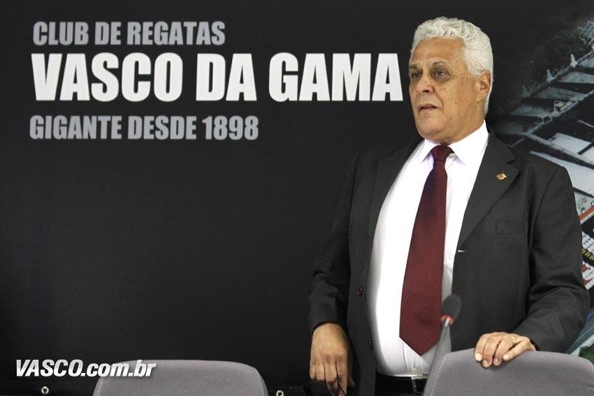 Presidente do Vasco, Roberto Dinamite reúne a imprensa para entrevista coletiva em São Januário