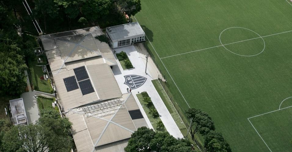 23 outubro 2013 - Vista aérea da Cidade do Galo, em Vespasiano, que será a casa da Argentina na Copa do Mundo do ano que vem