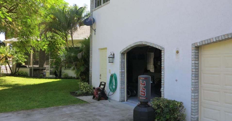 Vista da parte de trás da casa de Vitor Belfort e Joana Prado na Flórida, nos Estados Unidos