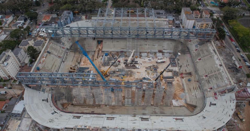 05.09.2013 - Governo federal divulgou imagens da obra da Arena da Baixada, estádio de Curitiba para a Copa