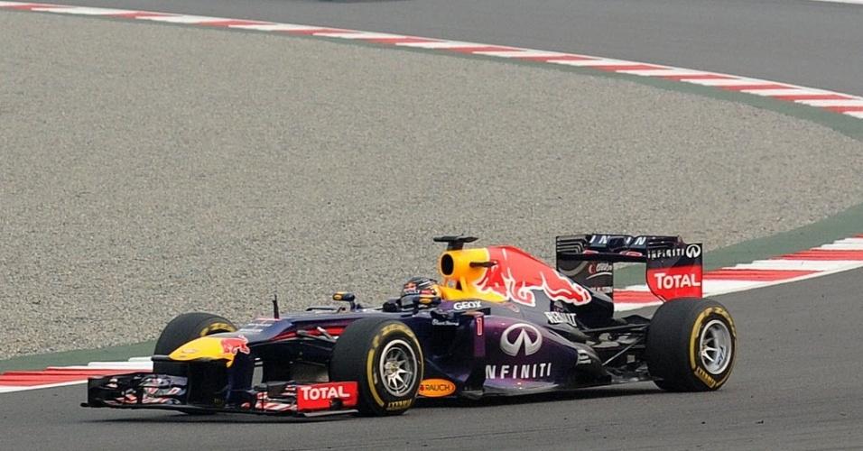 27.out.2013 - Depois de ter parado no início, Sebastian Vettel fez corrida de recuperação no início do Grande Prêmio da Índia de Fórmula 1