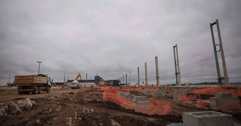 Curitiba: reforma no pátio de aeronaves e da pista de pouso começaram em 2011 e devem ficar prontas até o fim do ano