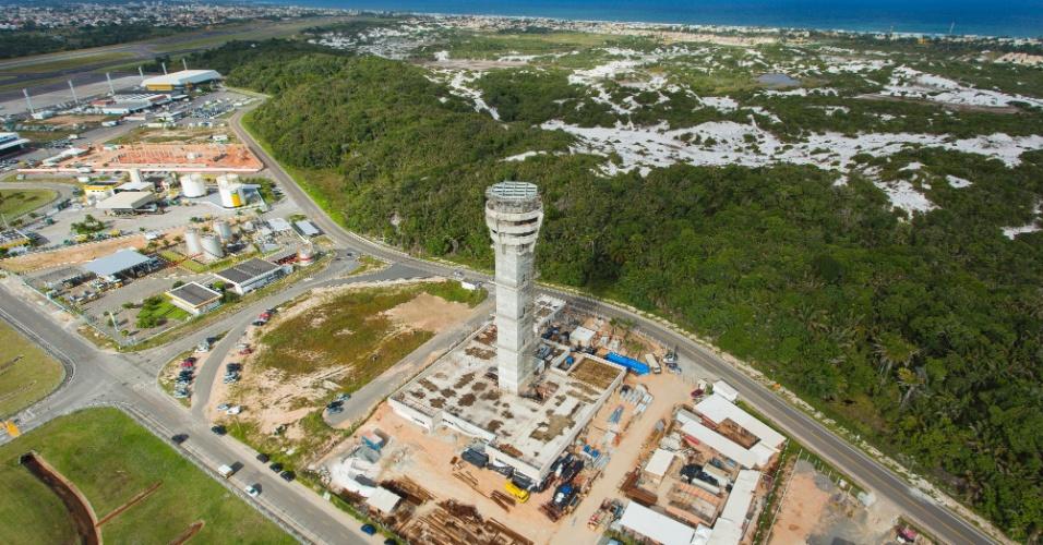 Salvador: até setembro, reforma atingiu 20% dos serviços programados. Inauguração é prevista para janeiro de 2014