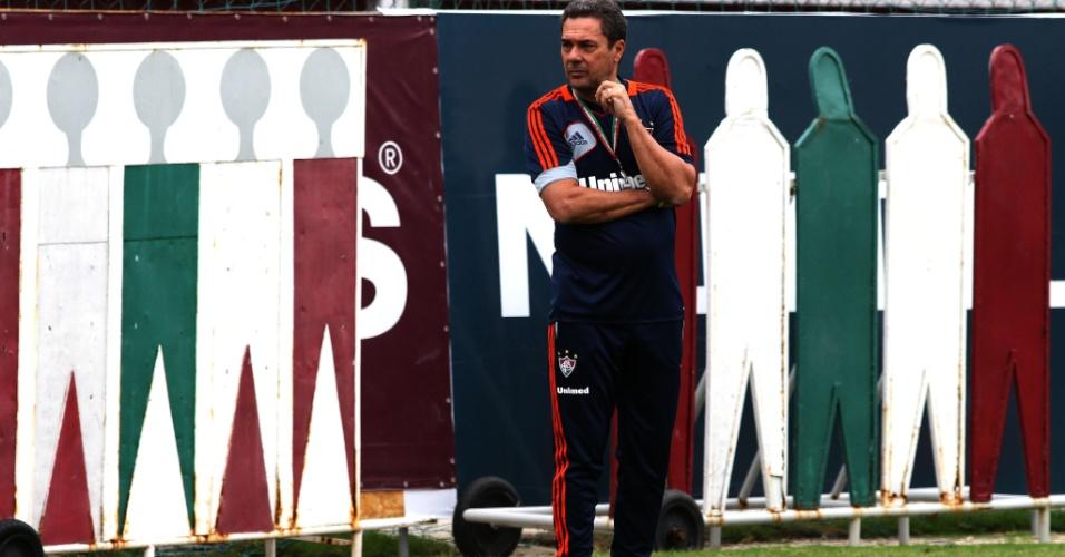 30.10.2013 - Vanderlei Luxemburgo comanda treino do Fluminense sob ameaça de demissão
