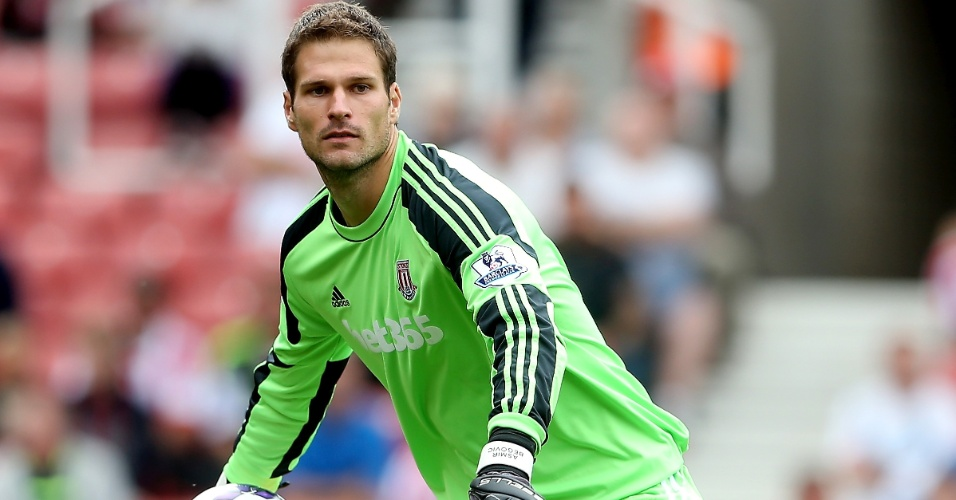 Asmir Begovic, goleiro do Stoke City