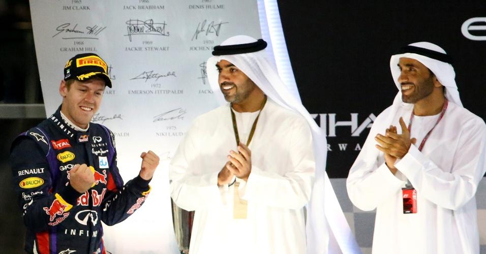 03.11.2013 - Vettel comemora vitória no no GP de Abu Dhabi