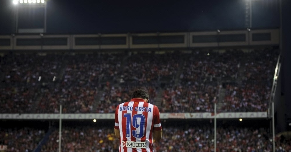 03.nov.2013 - Diego Costa, do Atlético de Madri, comemora seu gol contra o Athletic Bilbao pelo Campeonato Espanhol
