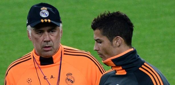 Cristiano Ronaldo e Ancelotti em 2013, quando treinador ainda comandava o Real