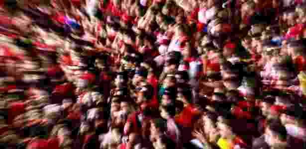 A torcida do Flamengo em um dos jogos de Maracanã cheio na temporada de 2013: polêmica em acordo - Buda Mendes/Getty Images