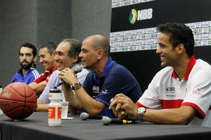 Técnico do Brasília, Sergio Hernandez fala sobre lançamento do NBB 2013/2014