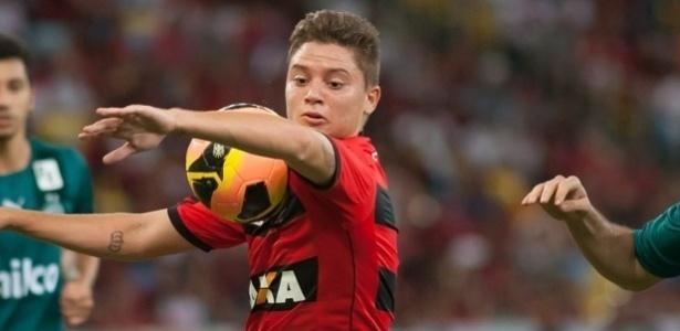 Adryan não deve continuar no Flamengo para 2017
