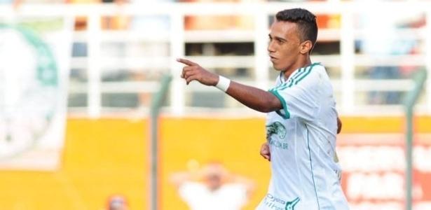 Juninho comemora gol do Palmeiras contra o Joinville pela Série B do Campeonato Brasileiro - Junior Lago/UOL