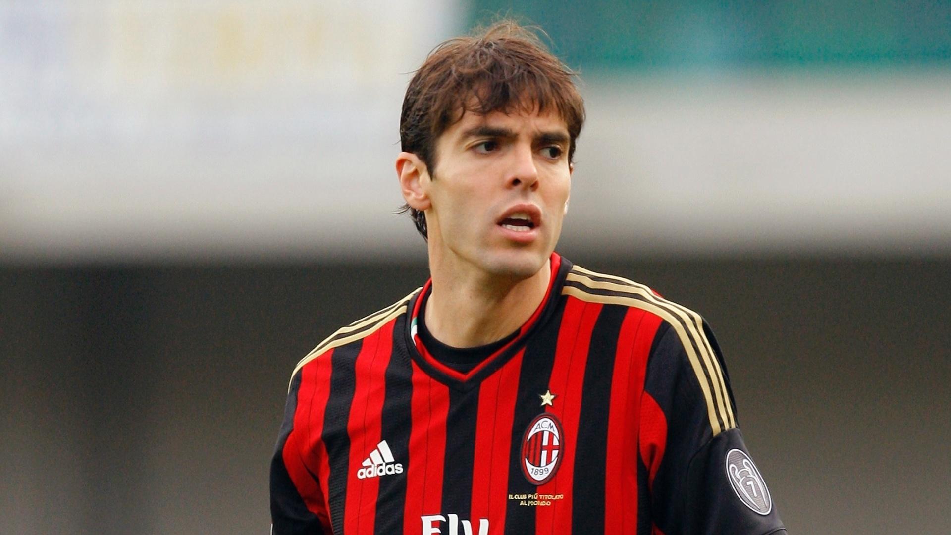 10.nov.2013 - Kaká reclama de jogada durante a partida entre Milan e Chievo Verona, pelo Campeonato Italiano