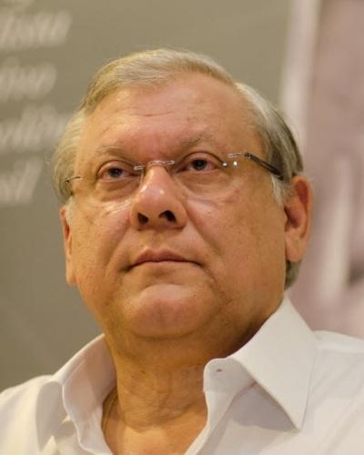 Jornalista Milton Neves lançou sua biografia nesta segunda-feira, em São Paulo