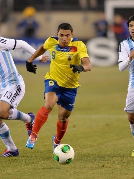 Equatoriano Jefferson Montero foi oferecido ao Cruzeiro no mercado da bola - STAN HONDA/AFP