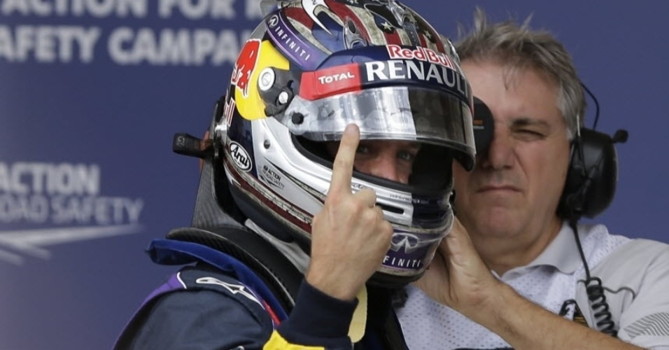 16.11.2013 - Sebastian Vettel comemora a pole position no GP dos EUA