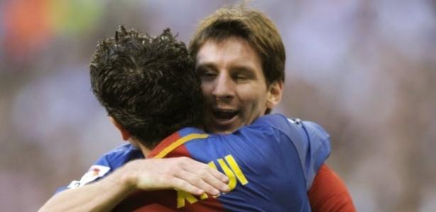 Xavi e Messi jogaram juntos no Barcelona