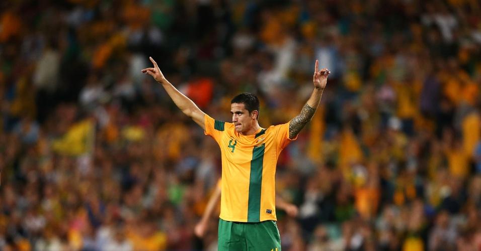 19.nov.2013 - Tim Cahill comemora após marcar o gol da vitória por 1 a 0 da Austrália sobre a Costa Rica em amistoso disputado em Sydney