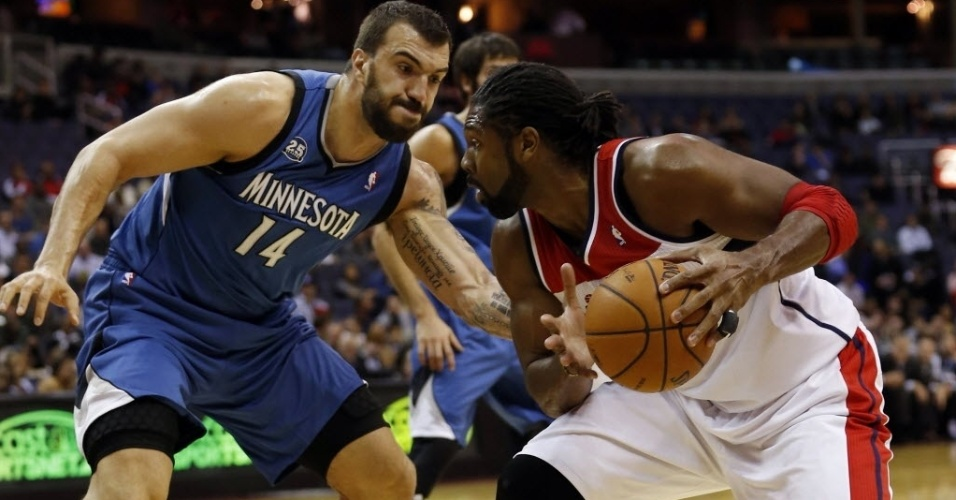 20.nov.2013 - Nenê teve 20 pontos no triunfo do Washington Wizards sobre o Minnesota Timberwolves
