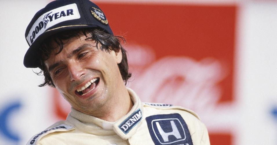 23.03.86 - Nelson Piquet festeja vitória no GP Brasil, em Jacarepaguá