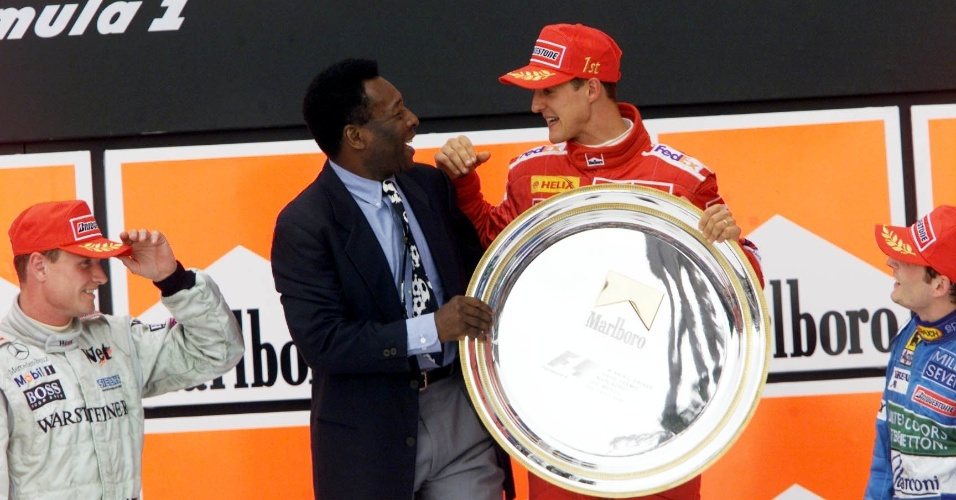 26.03.00 - Pelé parabeniza Schumacher pela vitória no GP Brasil