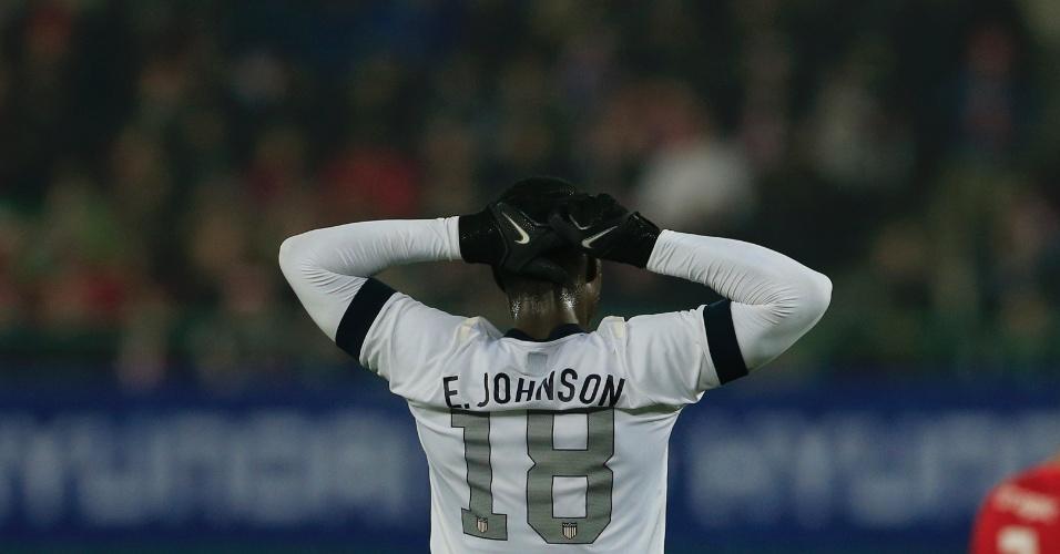 19.nov.2013 - Eddie Johnson lamenta erro cometido durante a derrota por 1 a 0 para a Áustria em amistoso disputado em Viena