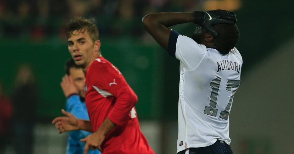 19.nov.2013 - Jozy Altidore, dos EUA, lamenta chance desperdiçada durante a derrota por 1 a 0 para a Áustria em amistoso disputado em Viena