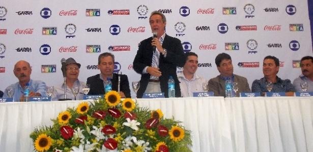 Evandro Carvalho, presidente da Federação Pernambucana, falou com o UOL Esporte