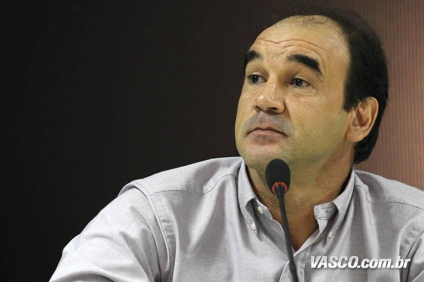 Ricardo Gomes precisou administrar uma série de problemas no cargo de diretor executivo de futebol do Vasco