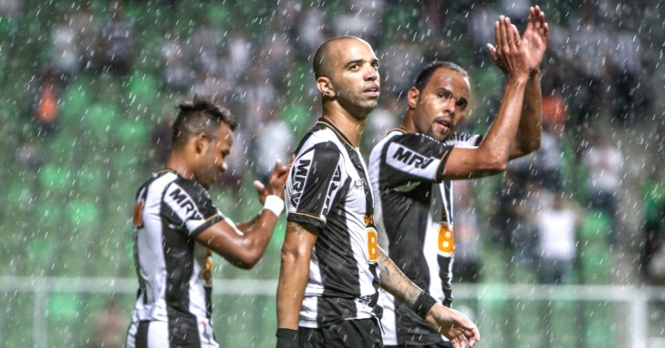 Atacante Diego Tardelli durante goleada do Atlético-MG sobre o Goiás, por 4 a 1, no Independência