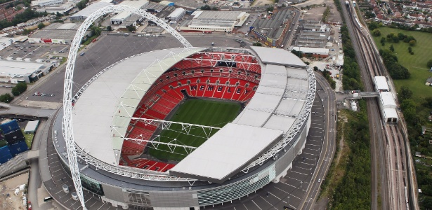 Wembley está sendo disputado por Tottenham e Chelsea - Tom Shaw/Getty Images