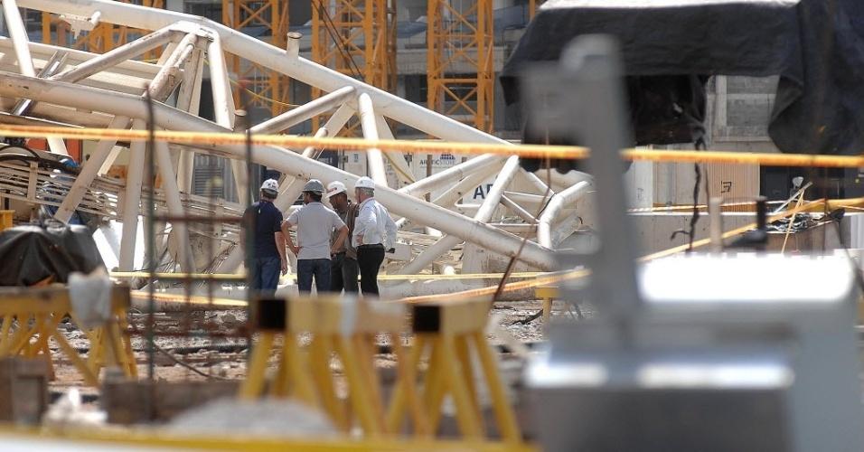 27.nov.2013 - 30% da obra na área leste será interditada por motivos de segurança