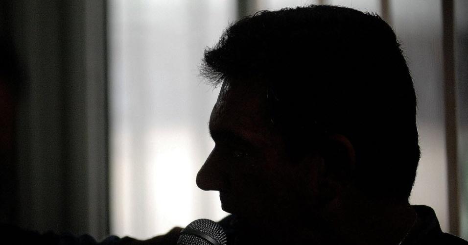 27.nov.2013 -  Andrés Sanchez deu entrevista após a queda do guindaste no Itaquerão