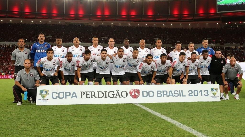 Foto posada do time do Flamengo antes da final da Copa do Brasil (27.nov.2013)
