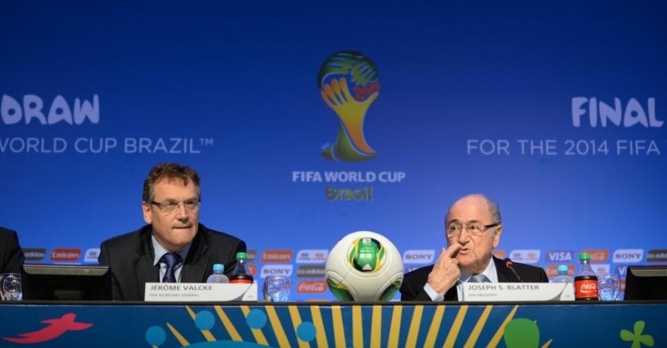 Blatter afirma que Brasil começou a se preparar para a Copa tarde demais