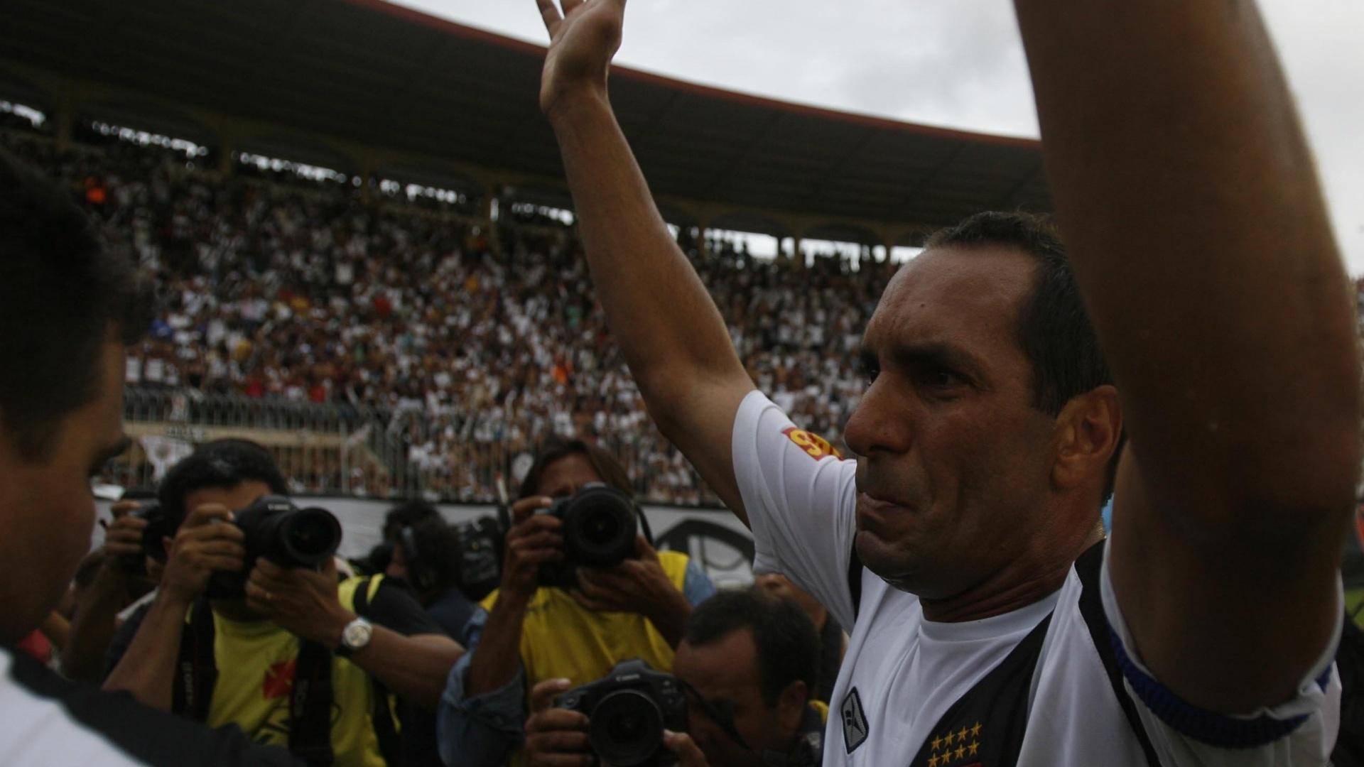 Edmundo no jogo que decretou o rebaixamento do Vasco no ano de 2008