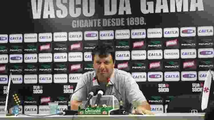 Técnico Adilson Batista em 2014, quando era treinador do Vasco da Gama - Vinicius Castro/ UOL